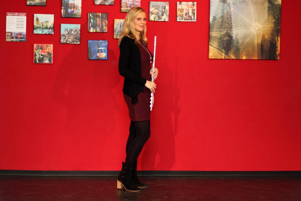 Sabine Schmidt mit Querflöte
